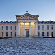 À Versailles, la romanesque rénovation de l'ancien hôpital royal