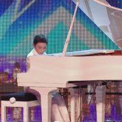 Elton, 11 ans et déjà diplômé de l'université grâce à son talent en piano