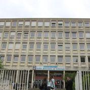 Le directeur de l'IUT de Saint-Denis, esseulé, implore une réaction du ministère