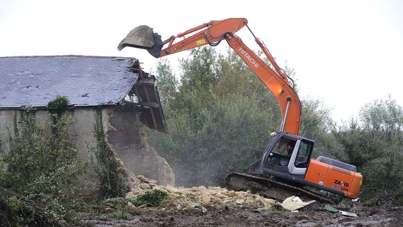 Destruction de maison effectuée en 2012.