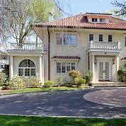 La magnifique maison du père de Gatsby est à vendre