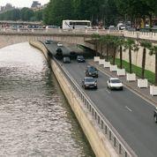 Paris : l'aménagement des voies sur berges divise de nouveau
