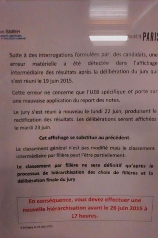 Une des feuilles affichées par Paris XIII à l'UFR de Santé, médecine et biologie humaine de Bobigny