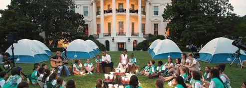 Des scouts campent dans les jardins de la Maison Blanche