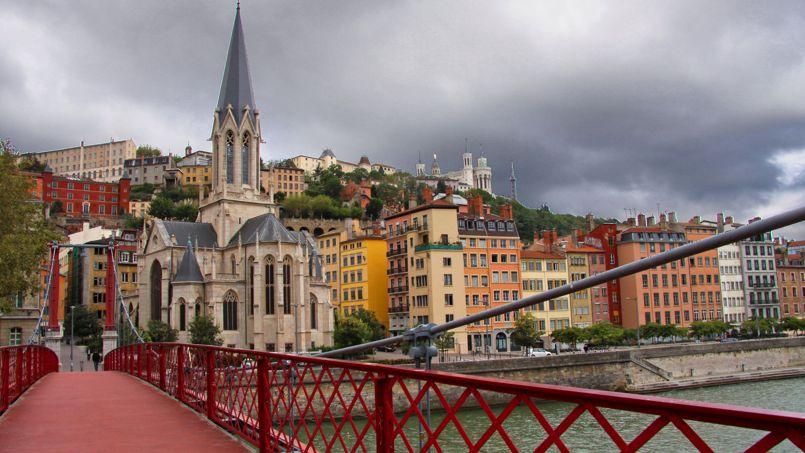 À Lyon. le prix au mètre carré dans l'ancien est de 3000 euros. Ici, les quais de Saône face au quartier Saint-Georges. Crédit Photo: Guillaume Baviere