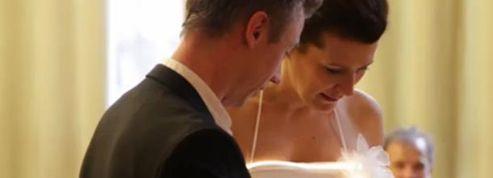 Des étudiants créent une robe de mariée qui s'illumine au rythme des émotions ressenties