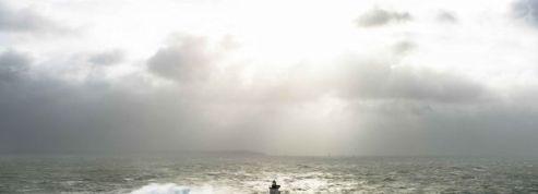 En Bretagne, il se lance le défi d'habiter un phare hanté