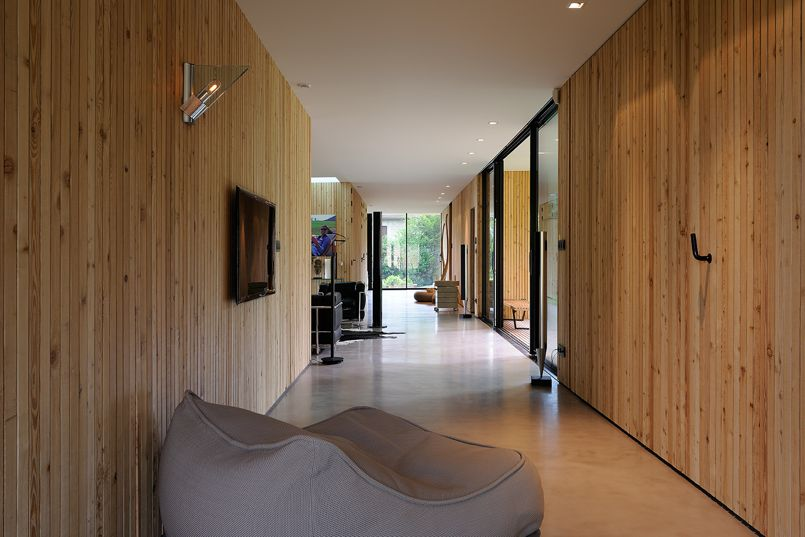 interesting crdits photo erick saillet with habillage bois interieur maison