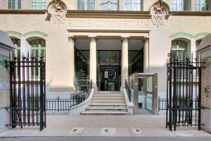 Plus de 30 % des admis sont boursiers (Campus Novancia Montparnasse). ©Novancia.