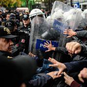 En Turquie, la police tire sur des manifestants étudiants