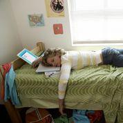Les étudiants ne dorment pas assez, ce qui augmente leur stress