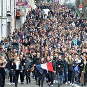 Après les attentats, un tiers des jeunes prêts à rejoindre l'armée