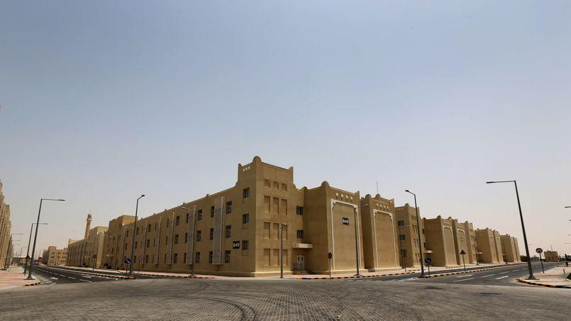La cité du travail du Qatar, conçue pour accueillir 70.000 travailleurs étrangers pour la coupe du monde de 2022.