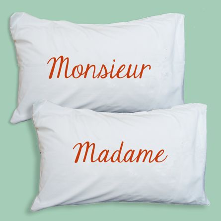 Deux housses de coussin Madame, Monsieur, Bathroom Graffiti - 49,90€ - ©Bathroom Graffiti