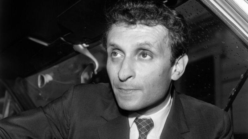 Me Victor Rochenoir, avocat conseil de la Garantie foncière, au moment où il vient d'être inculpé par le juge, le 3 août 1971.