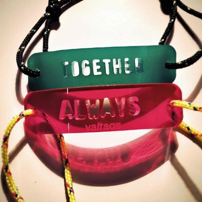 Bracelets Valtags for Valentines Day - 25 € l'un - ©Valentinetags
