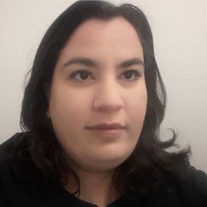 Aroua Biri, experte en cybersécurité