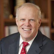 John Hennessy, président de Stanford, à la recherche du prochain Bill Gates
