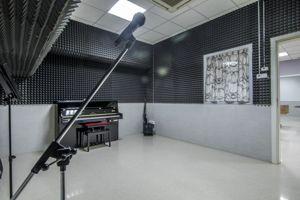 Les locataires pourront profiter de la salle de musique et du studio d'enregistrement. ©Uniplaces