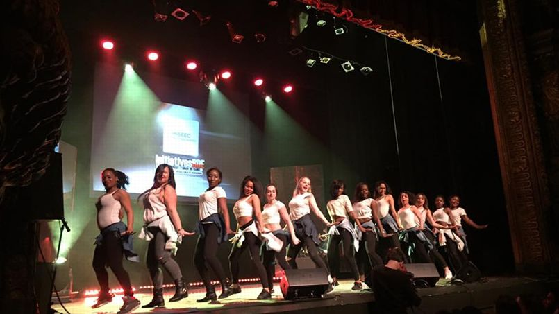 Le concours de danse inter-écoles Move your feet school battle a mis le feu à la salle du Gymnase.