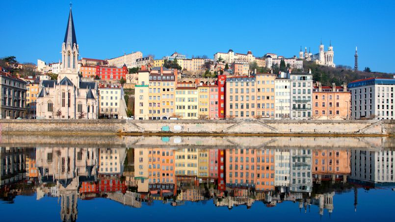 À Lyon (notre photo) et sa région, les prix ont bondi de 5,9% en un an selon Century 21.