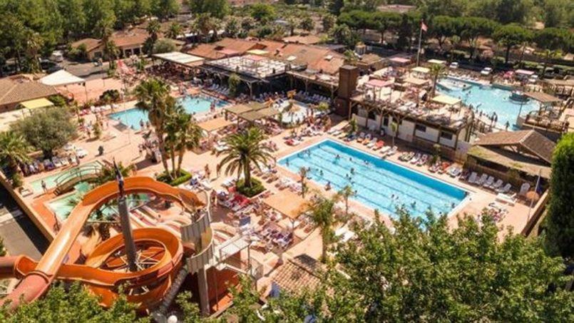 Bars, restaurants, carnavals, soirées à thème, sport, ateliers créatifs: la liste des activités est longue; ©les-sablons.com