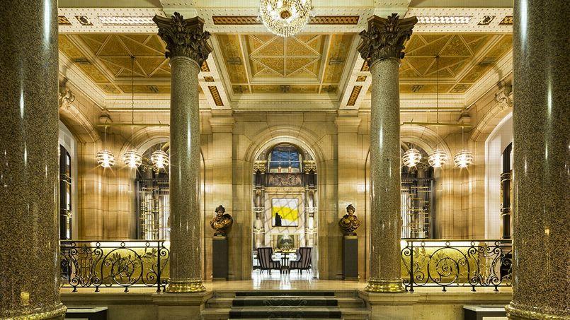L'entrée du prestigieux hôtel Hilton Opéra à rue Saint-Lazare, 75008