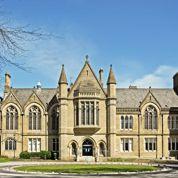 En Angleterre, la hausse des frais de scolarité éloigne les plus modestes de l'université