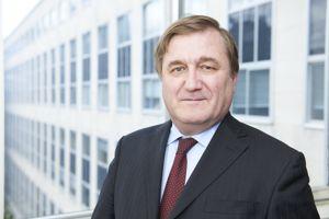 L'objectif est d'ancrer Dauphine à l'international selon Laurent Batsch le président de l'université parisienne.