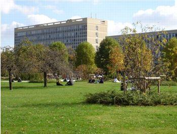 Le Campus de Paris-Ouest Nanterre fait 32 hectares;