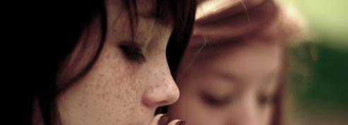 Fumeurs devant les lycées: les proviseurs dénoncent une «faille majeure» de la sécurité