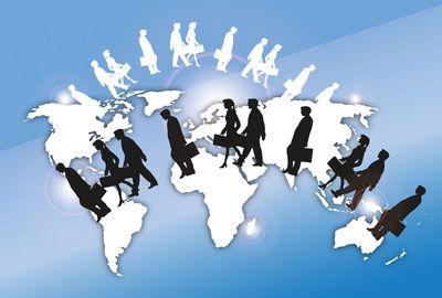 Travail à l'étranger : 12 % des Français expatriés ont doublé leurs revenus