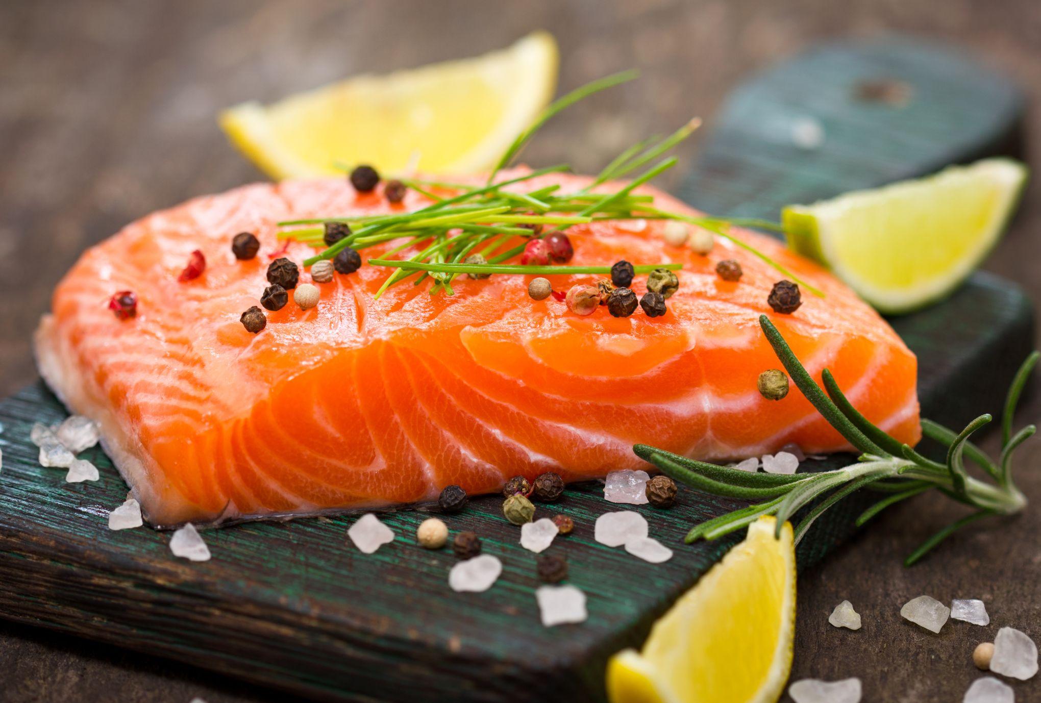 Amateurs de poisson cru, gare aux infections par des vers parasites !