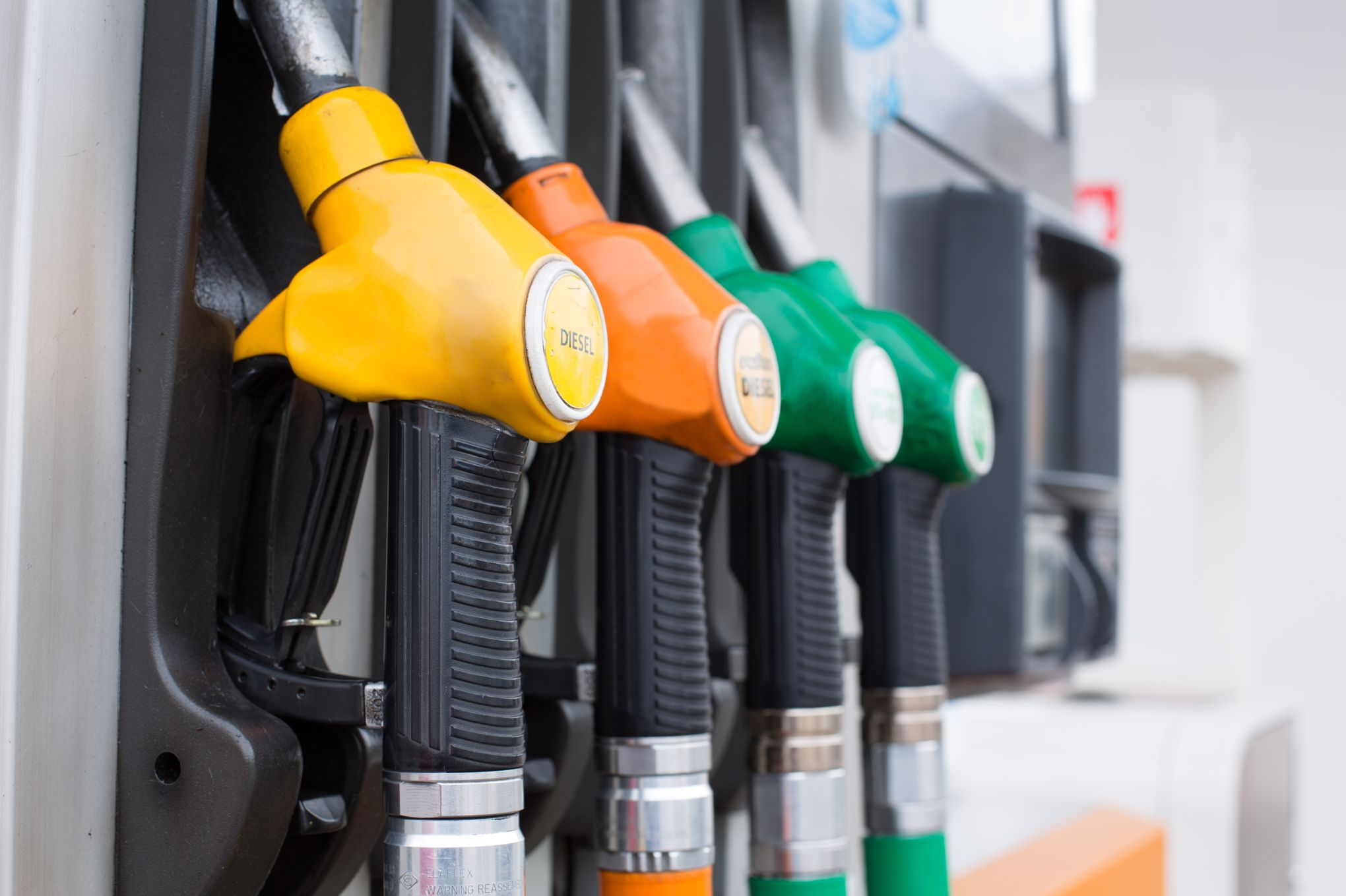 Les carburants changent de nom dans les stations essence en octobre 2018 !