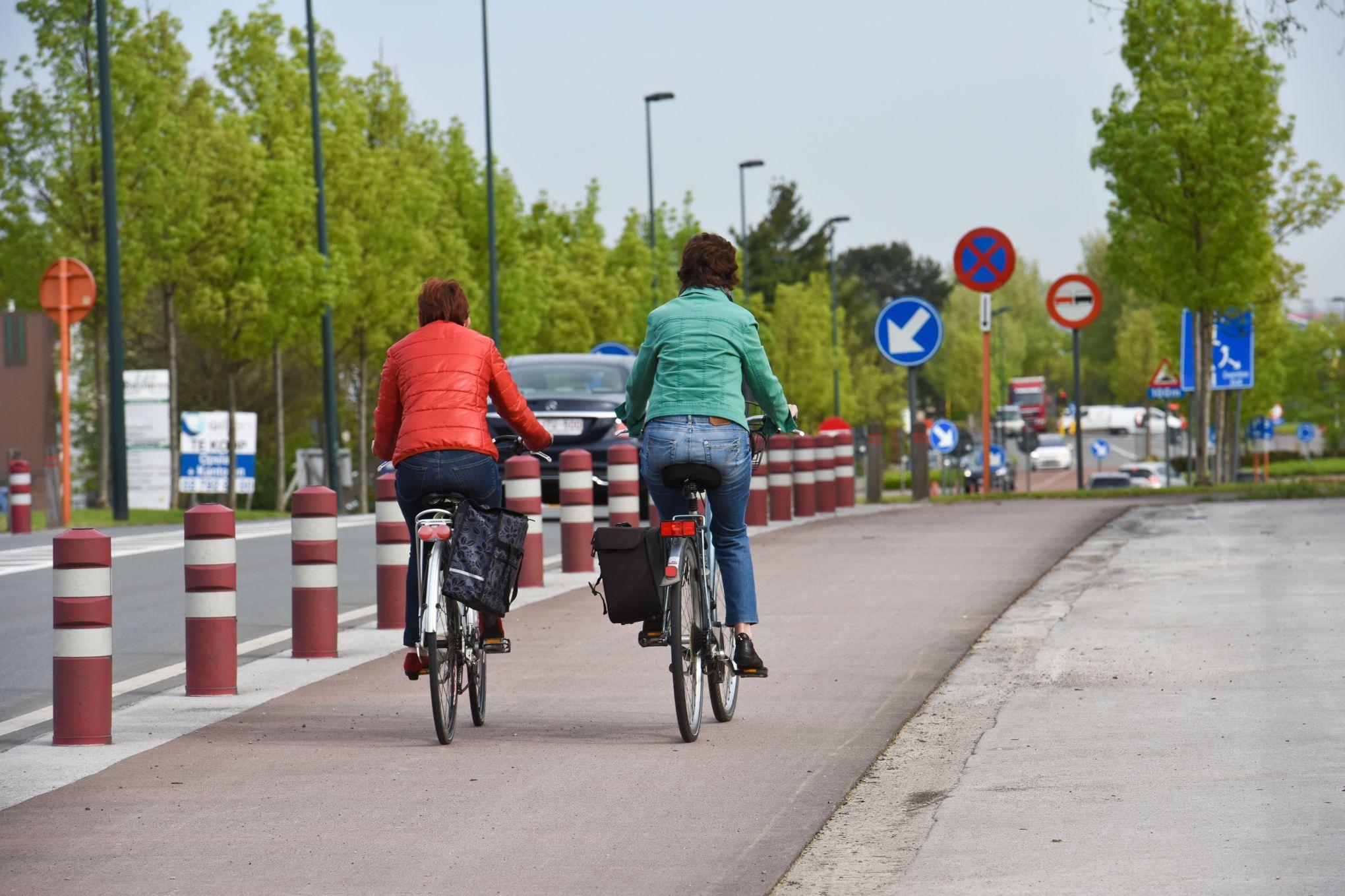 On est plus exposé à la pollution en voiture qu'à vélo ou à pied