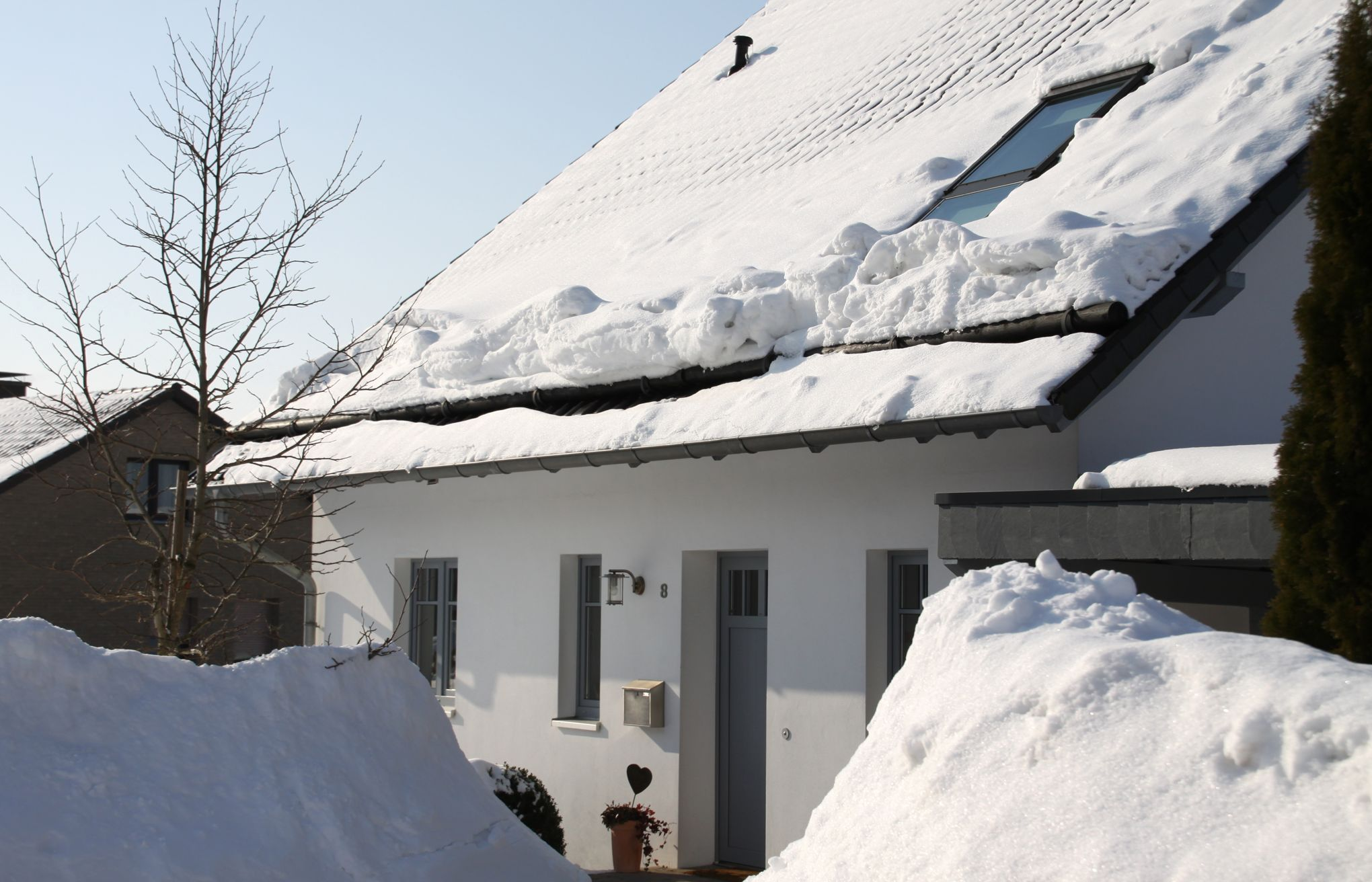 La copropriété doit déneiger la toiture de l'immeuble
