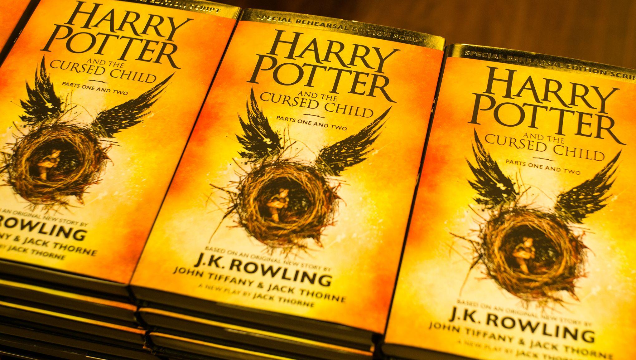 Harry Potter Quatre Nouveaux Livres Sortiront Cet Ete