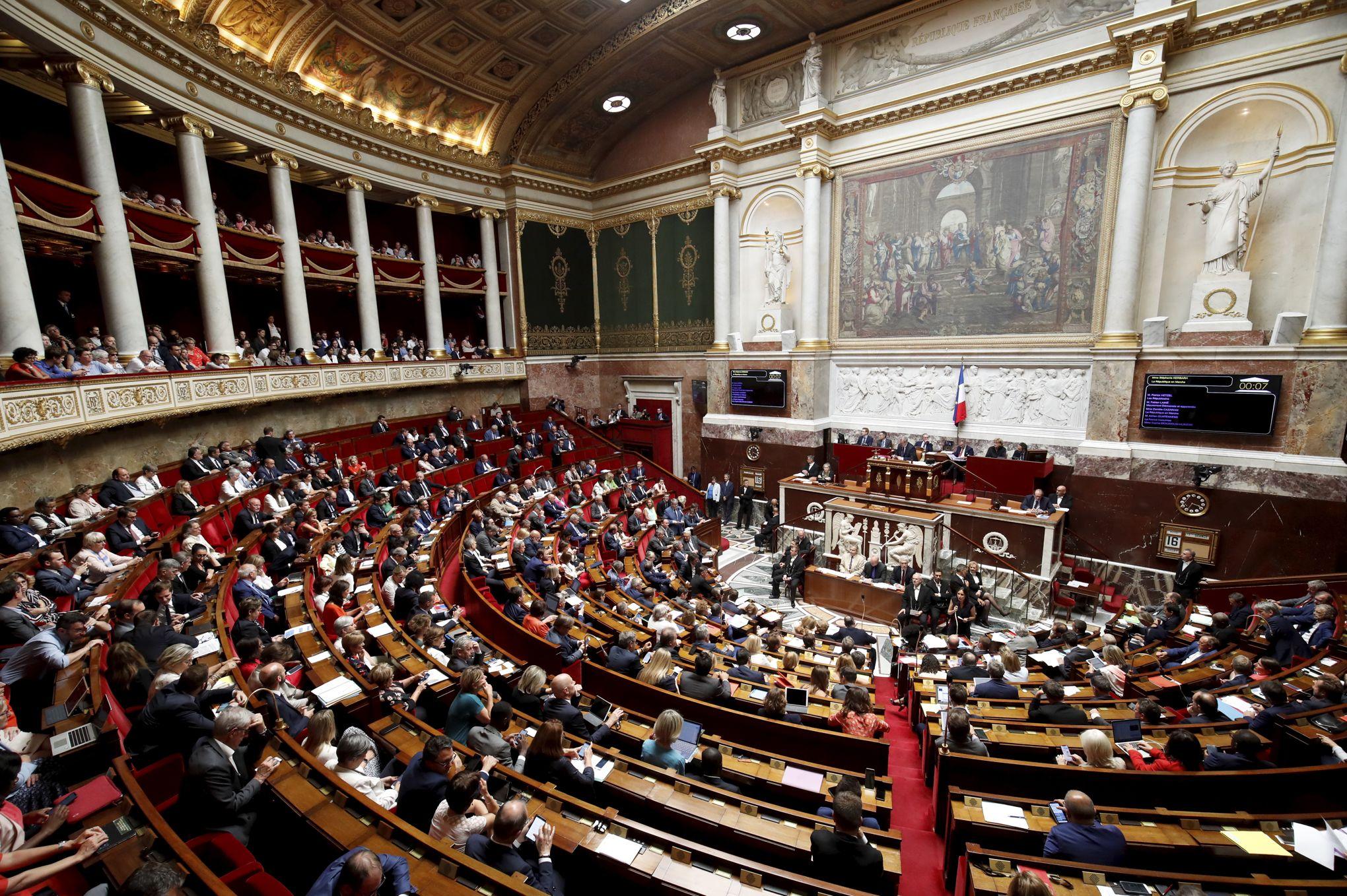 L'actualité L'opposition Gouvernement Politique Du Et De Le Figaro oreWxdCB