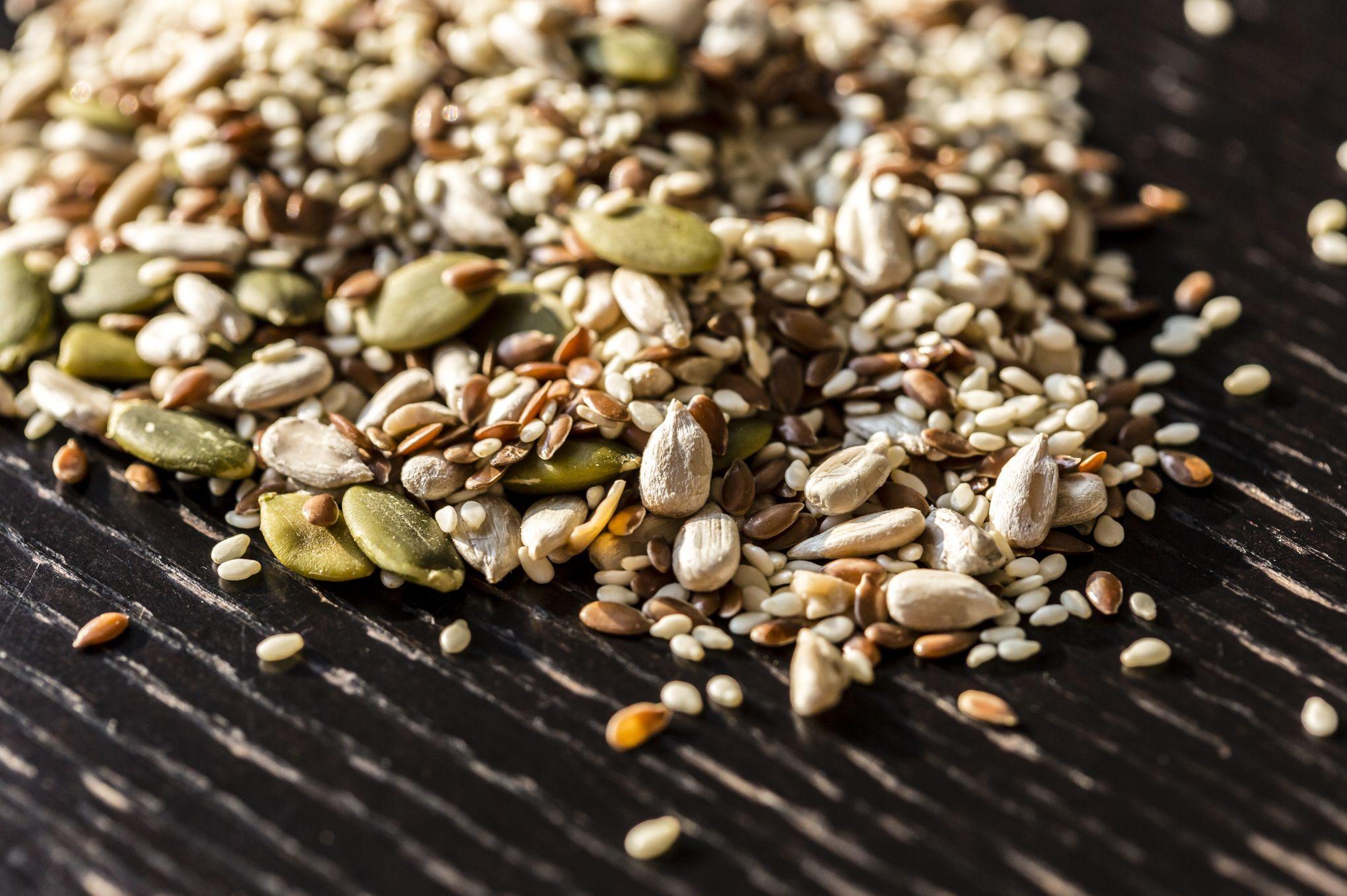 Chia, sésame, amandes...Quels sont les bienfaits des graines pour la santé?