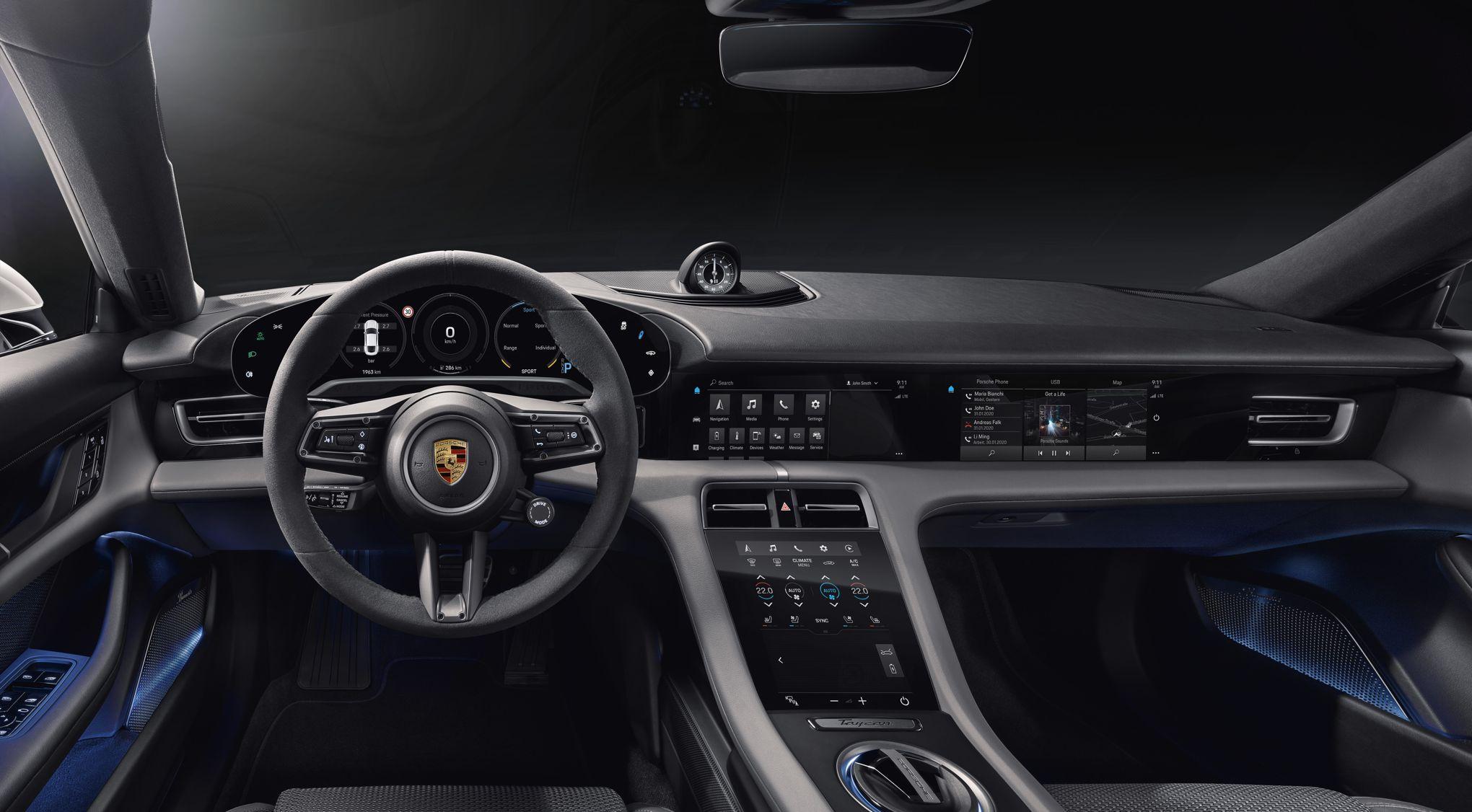 Porsche Taycan, Porsche jusqu'au bout des compteurs