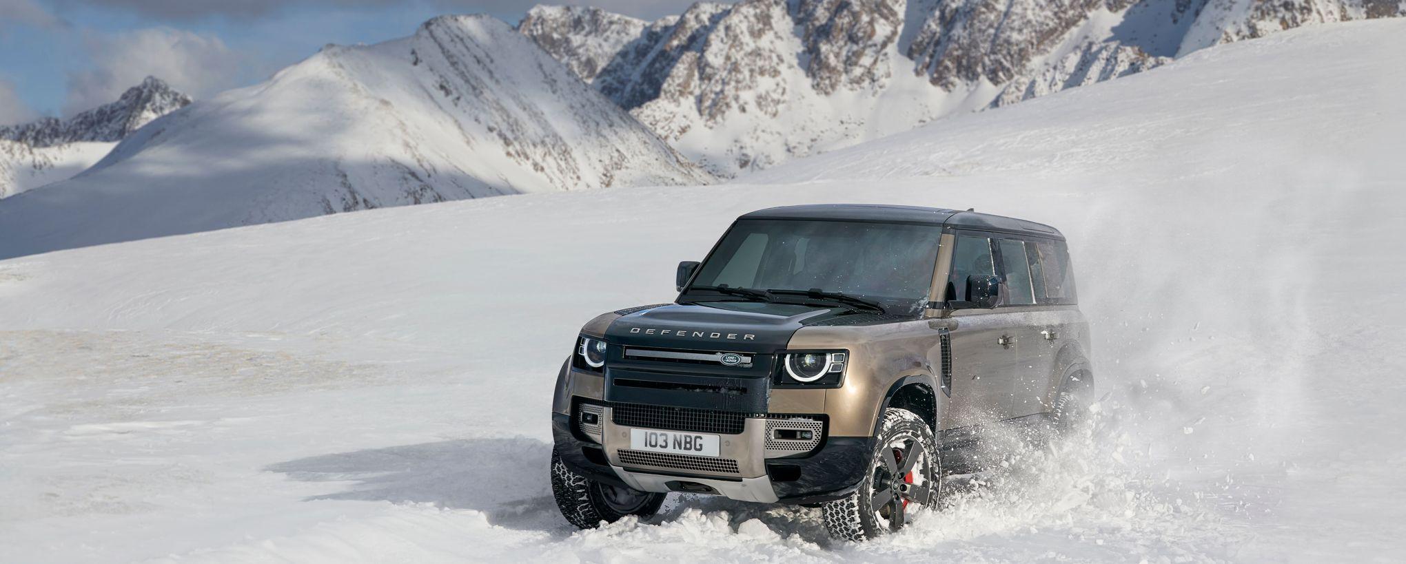 Land Rover Defender, l'ancien et le nouveau monde