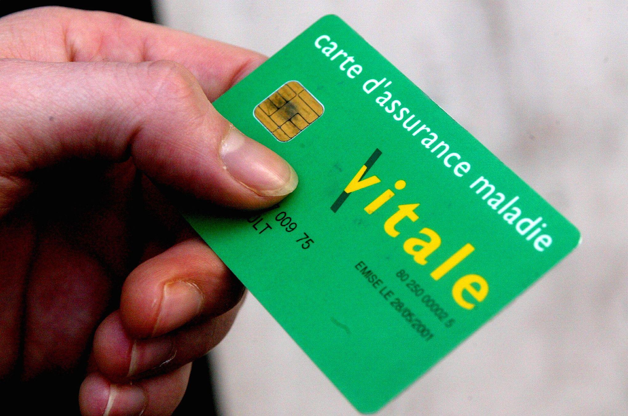 La fraude aux faux numéros de Sécu coûterait 140 millions d'euros et non... 14 milliards
