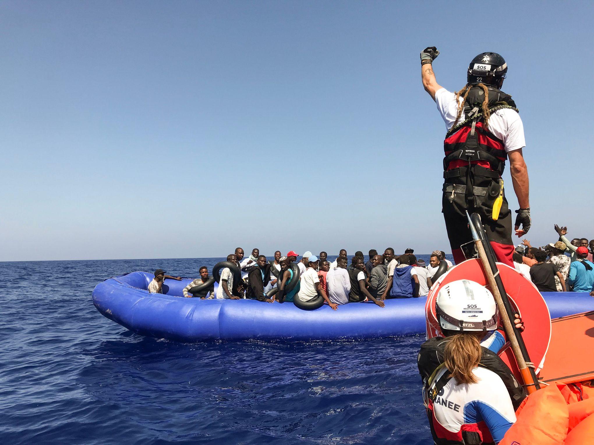 Sauvetage de migrants en mer: que dit le droit international?