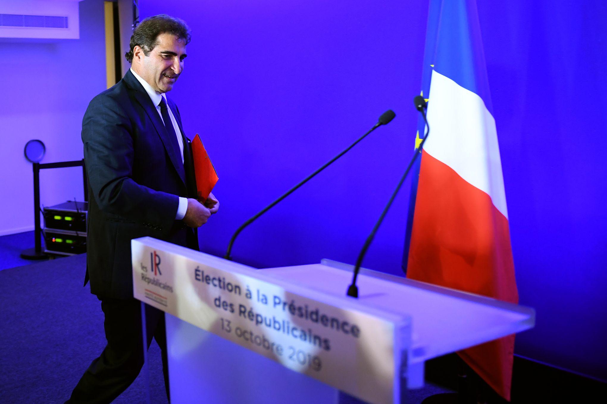 «Emmanuel Macron n'a pas tué la droite: elle a explosé toute seule»
