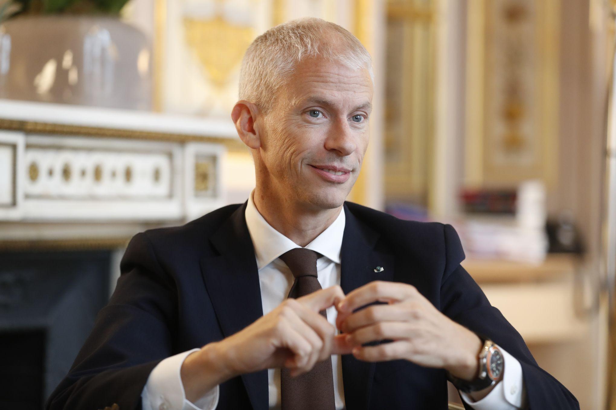 Redevance: l'opération déminage d'Édouard Philippe et Franck Riester