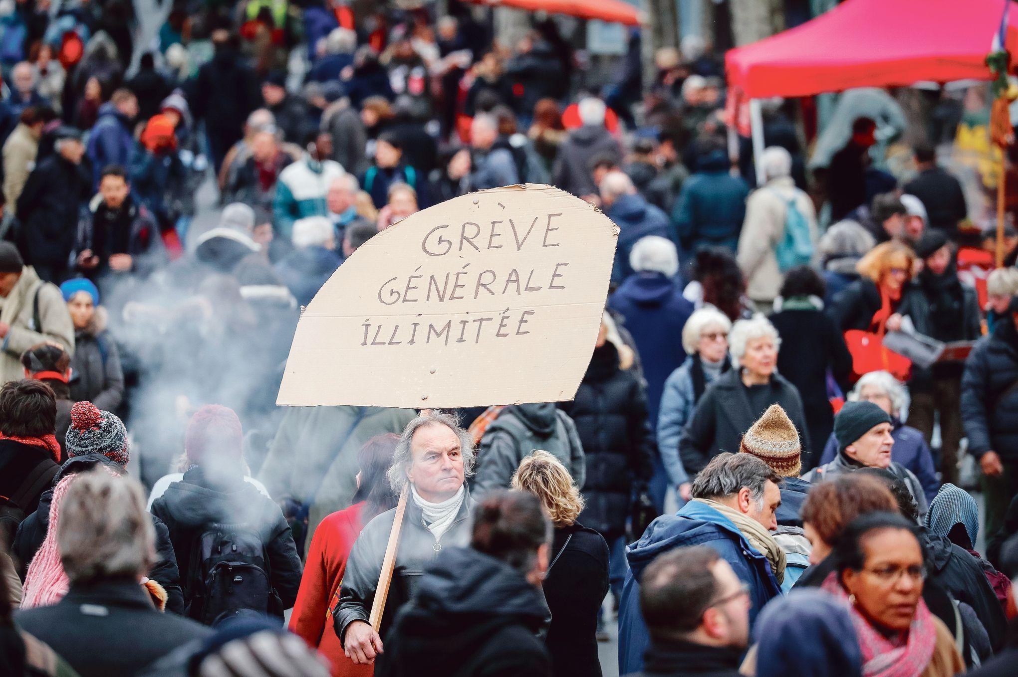Calendrier Greve 2020.Greves Et Manifestations Un Calendrier Charge Pour Terminer L Annee