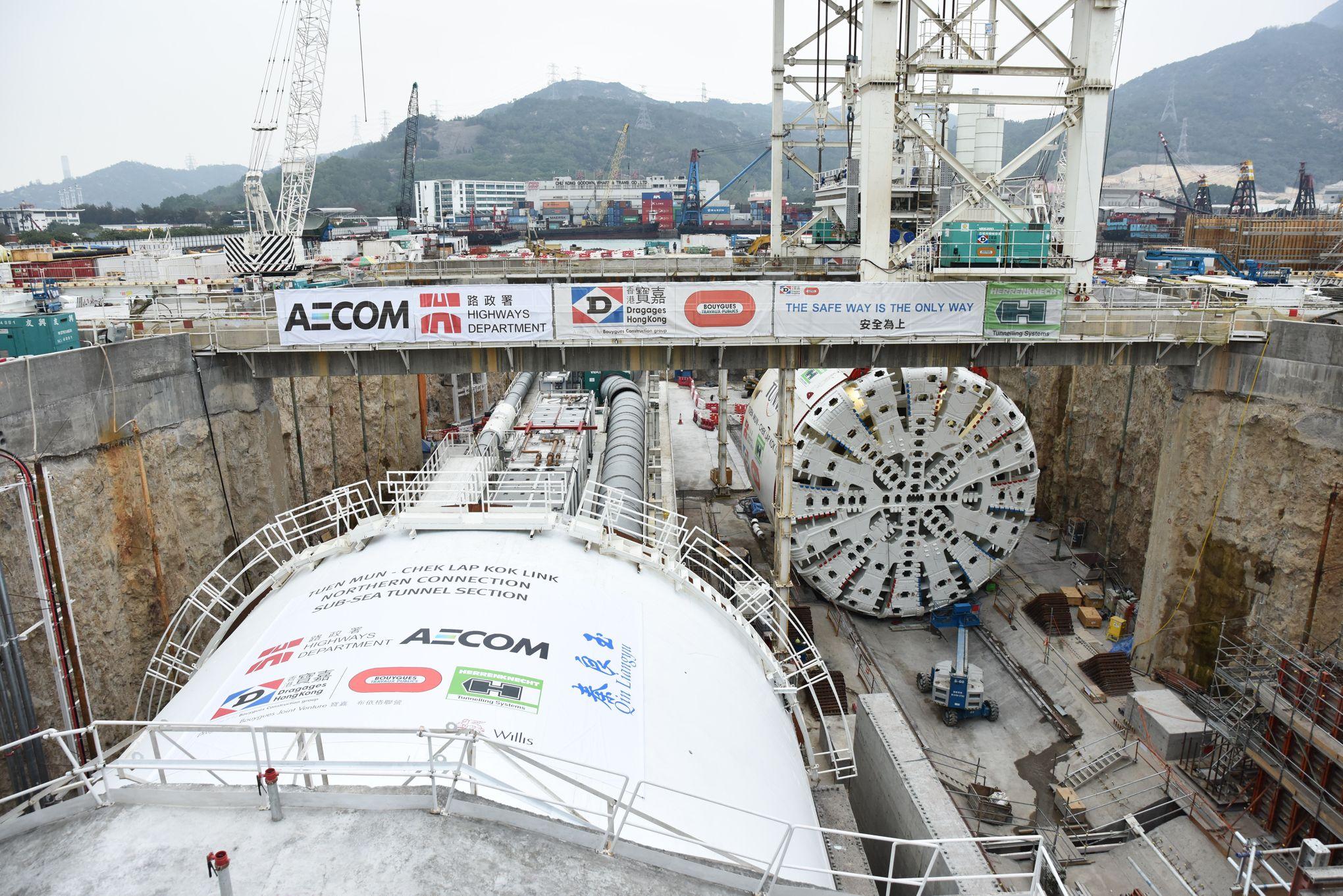 Bouygues remporte deux contrats de plus de 1 milliard d'euros à Hongkong