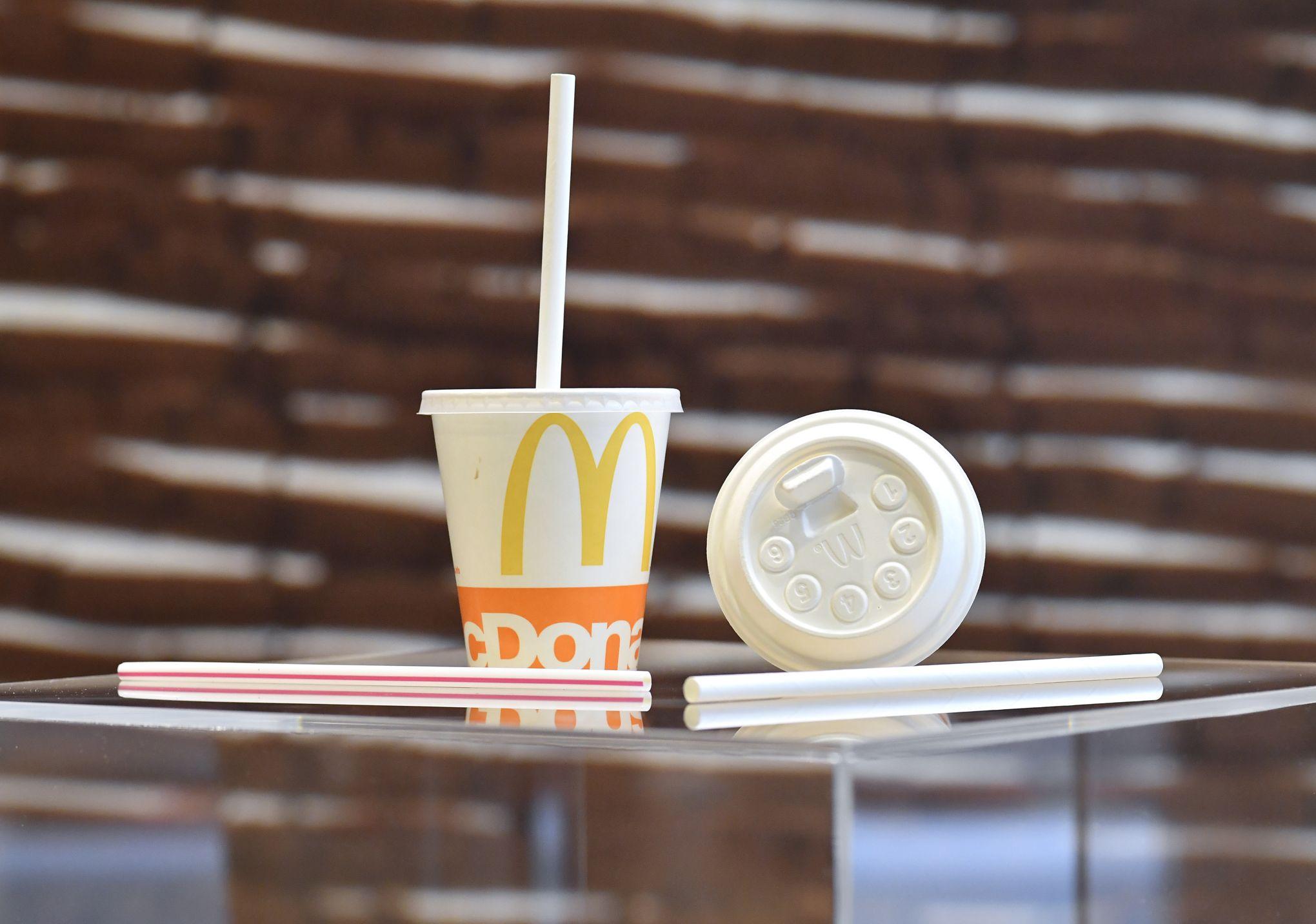 À partir de ce lundi, McDonald's France abandonne les pailles