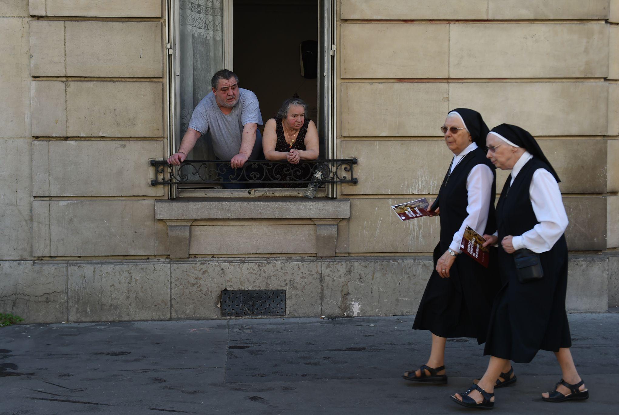 Religieuse refusée d'une maison de retraite: «Les chrétiens font les frais de notre lâcheté face aux islamistes»