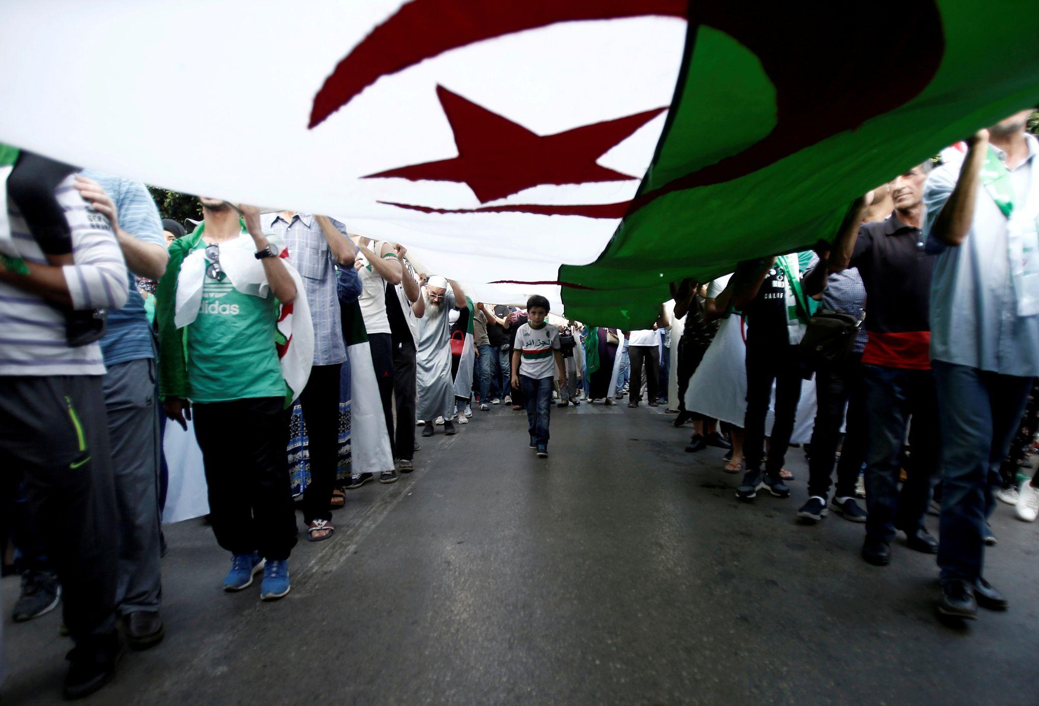 Pierre Vermeren: «Algérie, la présidentielle de tous les dangers»